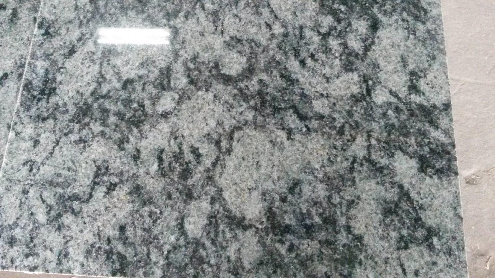 OLIVE GREEN 60X60X1,5cm poler